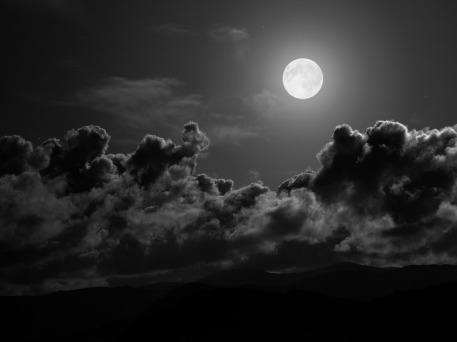 Full-Moon-02